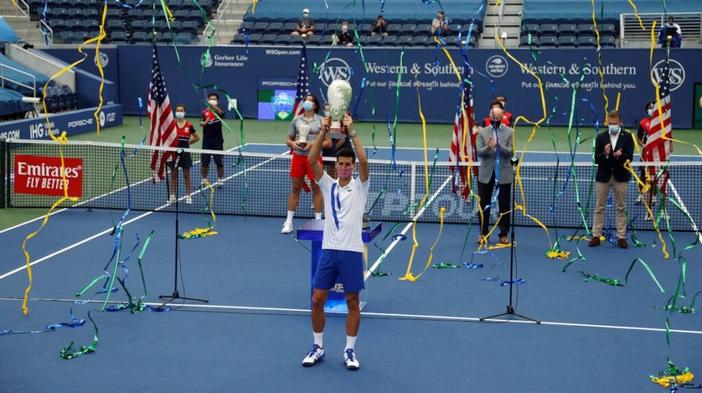 Novak Djokovic vence a Raonic y es el campeón de Cincinnati