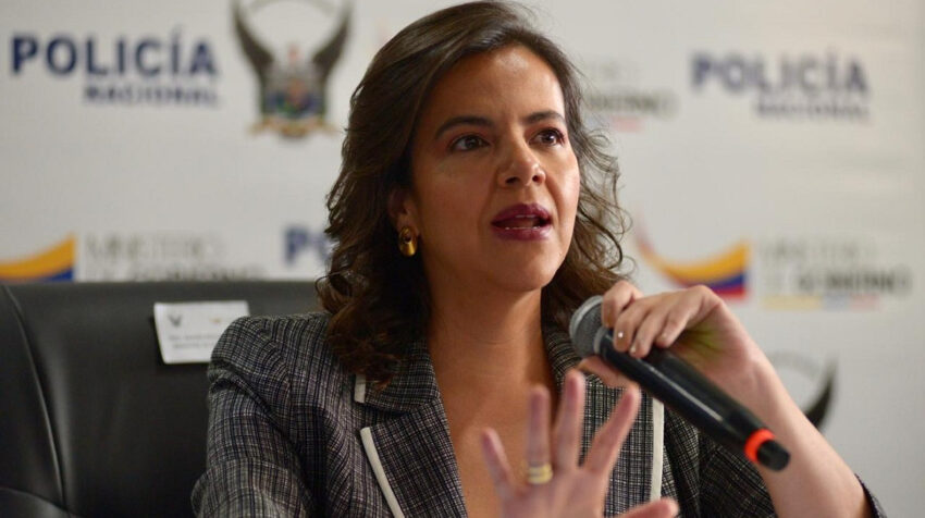 La ministra de Gobierno, María Paula Romo, durante una rueda de prensa en Samborondón, el 28 de agosto de 2020.