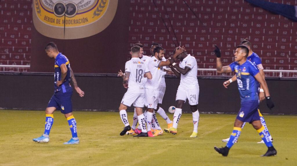 Liga de Quito venció a Delfín y se mantiene como líder del torneo