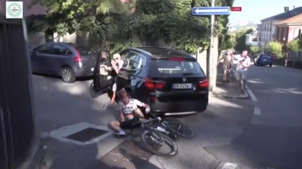 Schachmann tiene fractura de clavícula, tras ser atropellado en Lombardía