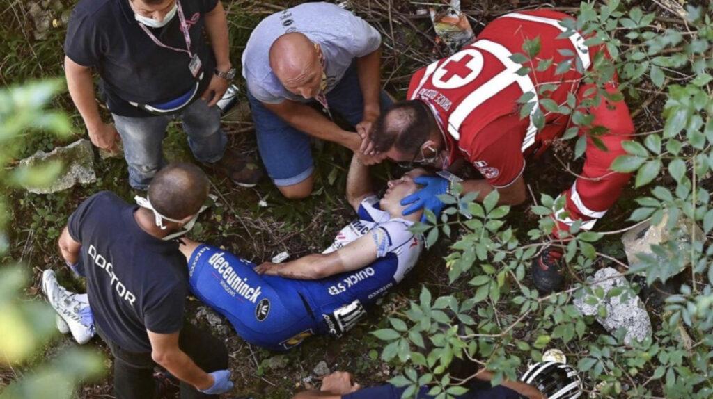 Remco Evenepoel sufre fractura de pelvis y se le acabó la temporada