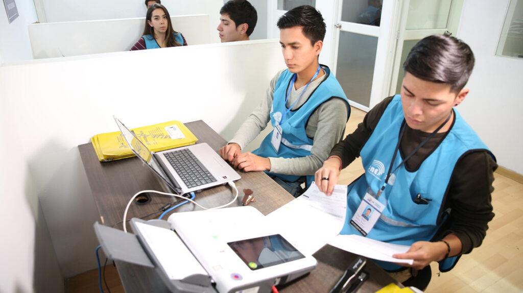 El CNE aspira a transmitir los resultados de las elecciones en tiempo real