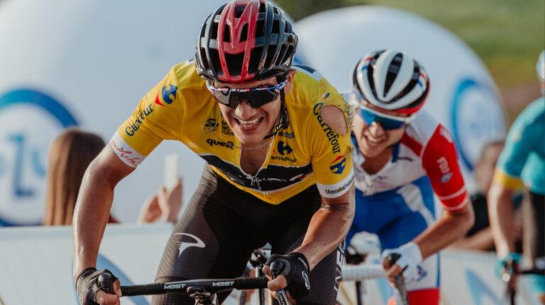Richard Carapaz ganó la tercera etapa del Tour de Polonia, pero sufrió una caída en la etapa 4.