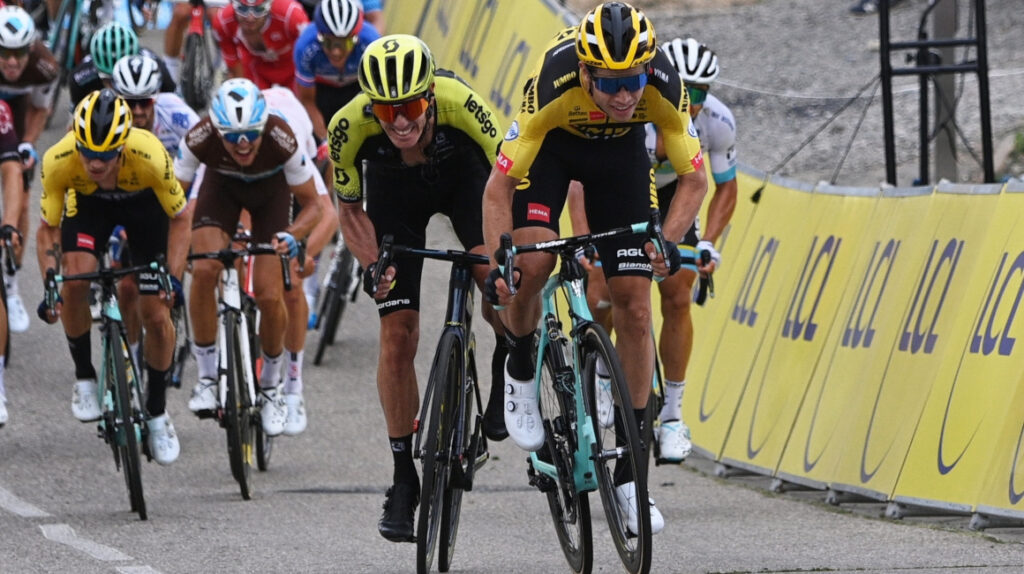 Van Aert sigue inspirado y es el primer líder del Criterium Dauphiné
