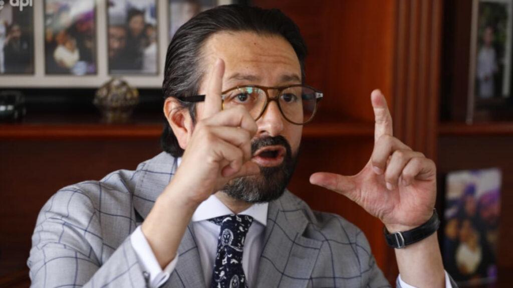 Abogado pide a fiscal a cargo del caso Bucaram dejar el proceso