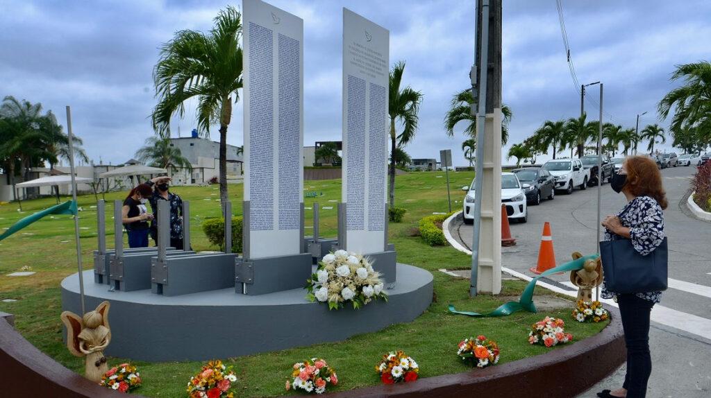 41 cuerpos de fallecidos de Covid-19 en Guayaquil siguen desaparecidos