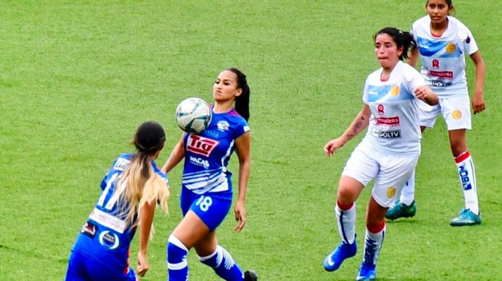 Joselyn Montaño regresó a la Superliga como jugadora