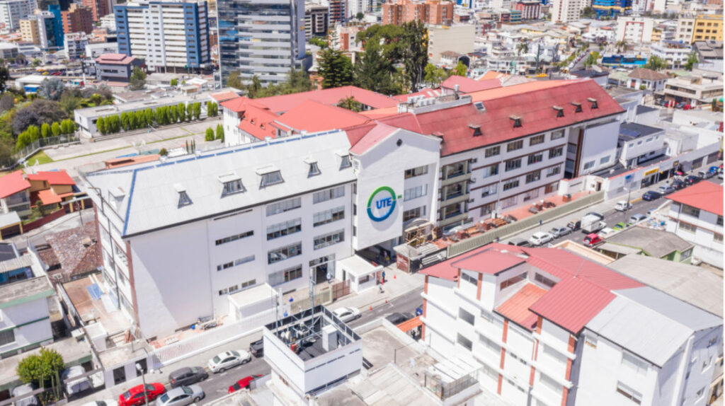Universidad UTE afirma haber pagado USD 3,3 millones al Isspol