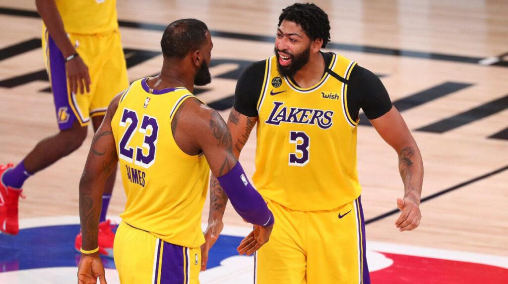 Anthony Davis deja a los Lakers a un triunfo de las finales de la NBA