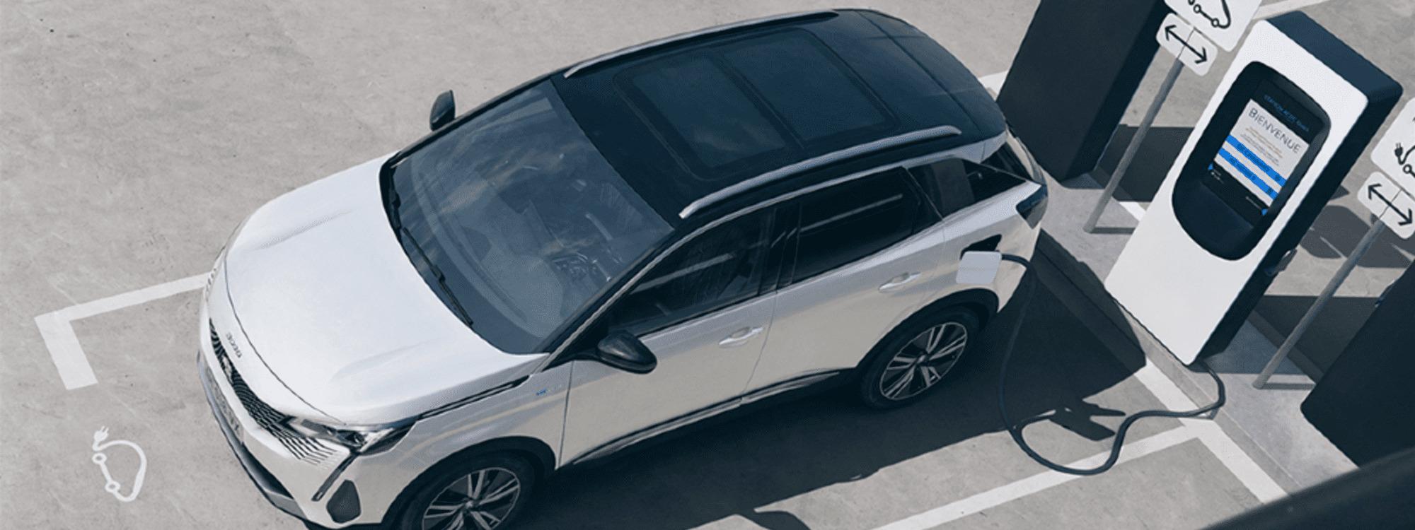 Peugeot presentó el restyling de la 3008