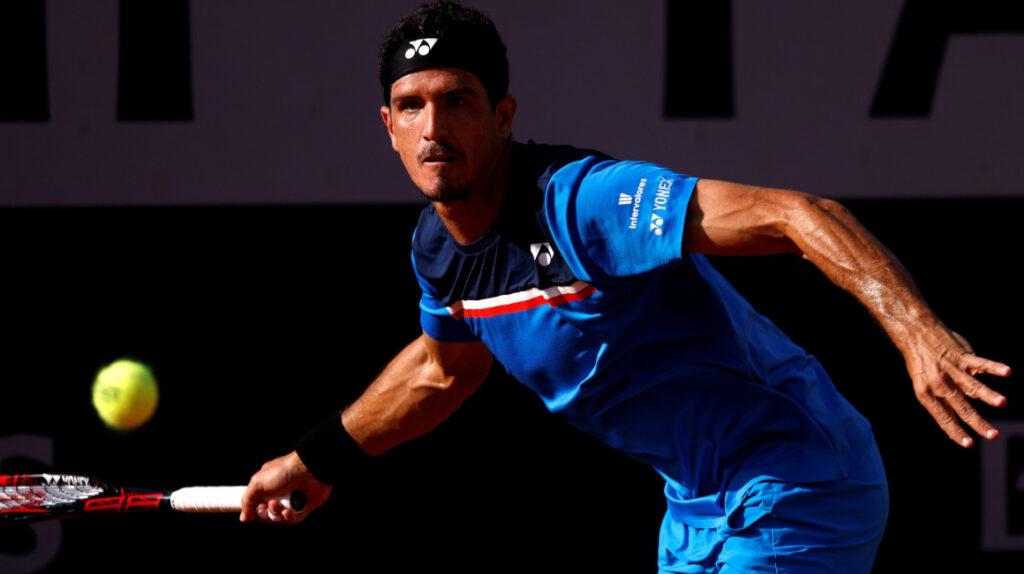 Emilio Gómez gana su primer partido de la 'qualy' de Roland Garros