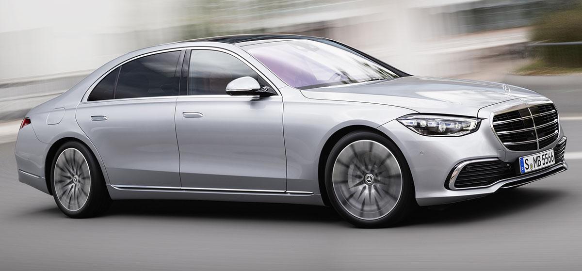 El nuevo Mercedes-Benz Clase S dobla con las cuatro ruedas y es autónomo