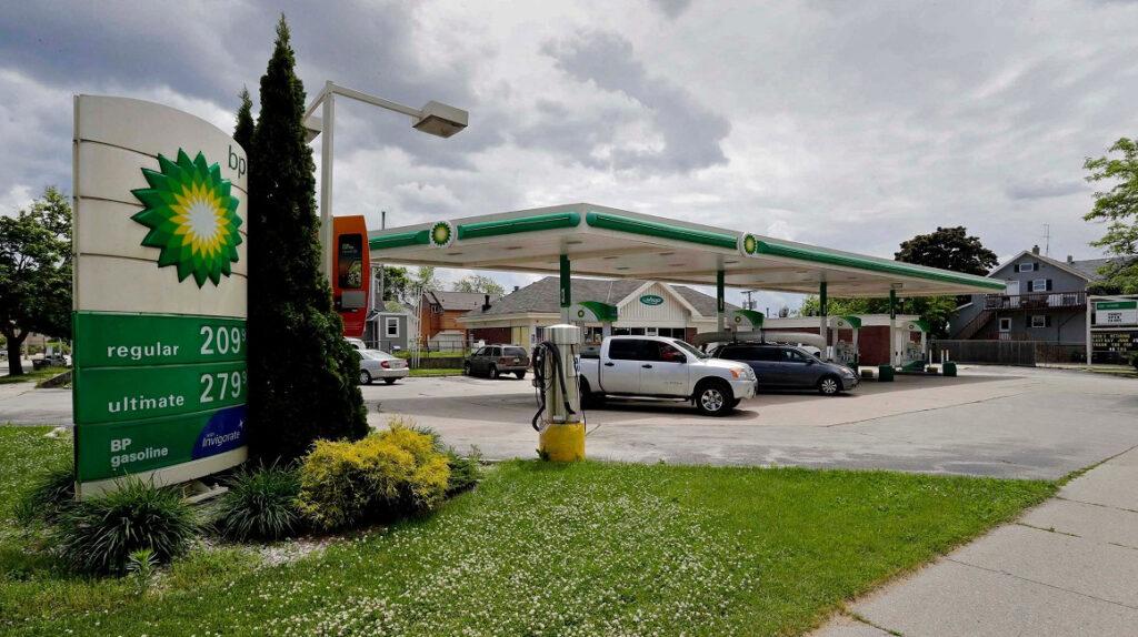La demanda mundial de petróleo caerá a niveles de 2013
