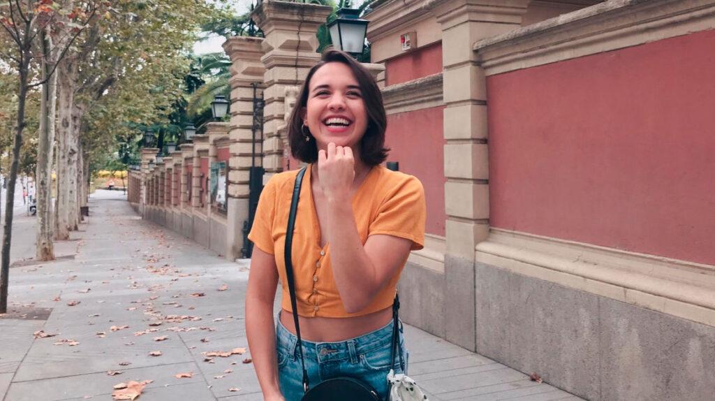 Camila Peña gana Premio de Poesía Hispanoamericana