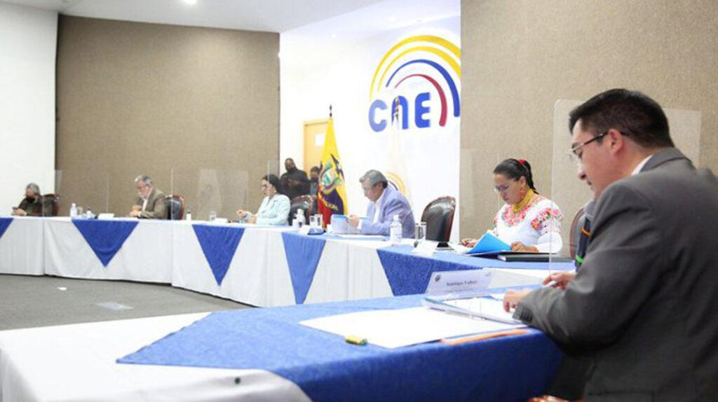 El CNE calificó el binomio Arauz-Rabascall