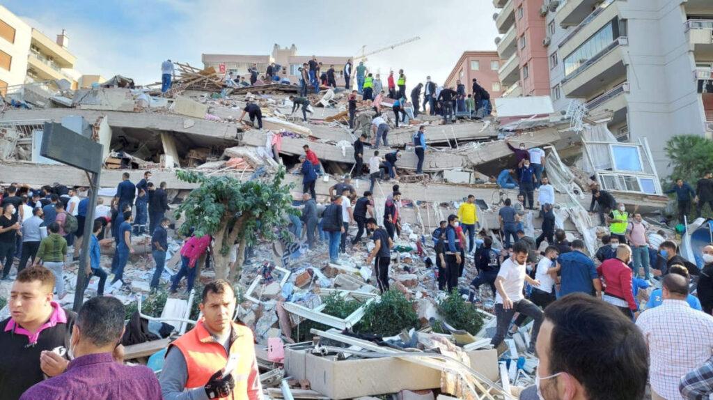 Al menos 14 muertos tras sismo que afectó a Grecia y Turquía