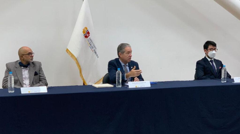 Zevallos dice que la vacunación contra el Covid-19 debe ser confidencial