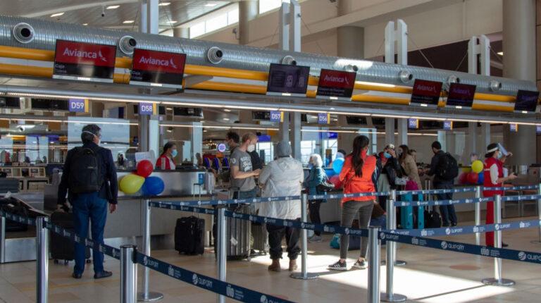 COE Nacional autoriza la ampliación de aforos en los aeropuertos