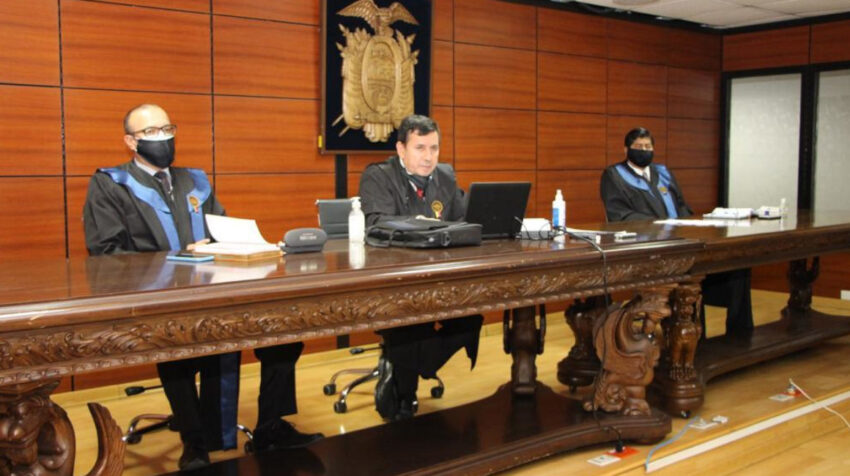 Tribunal de juzgamiento del caso Singue, durante la reinstalación del juicio, el 12 de octubre de 2020.