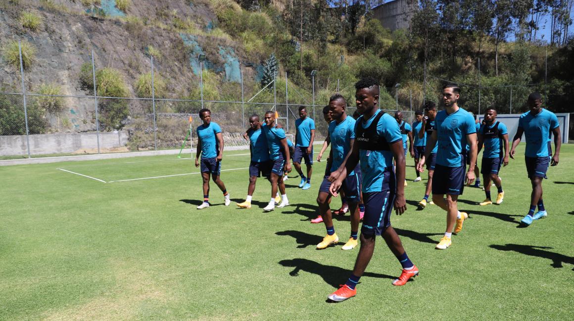 Ecuador entrenamiento Eliminatorias