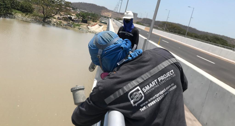 El puente que une al cantón Daule con Guayaquil se inaugurará el 19 de octubre de 2020. Por la estructura circularán diariamente, al menos, 20 mil vehículos. Foto realizada el 7 de octubre de 2020.