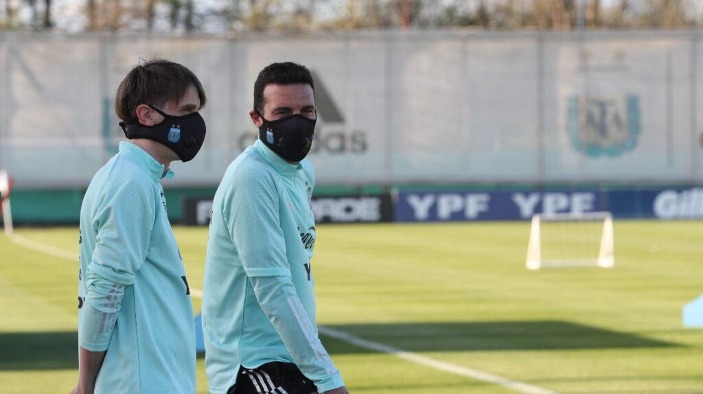 Argentina ya entrenó en Ezeiza mientras espera la llegada de Messi