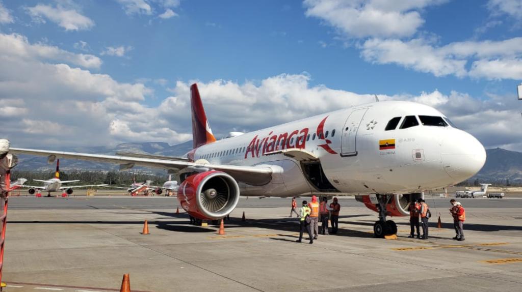 Aerolínea Avianca retoma sus vuelos entre Quito y Bogotá