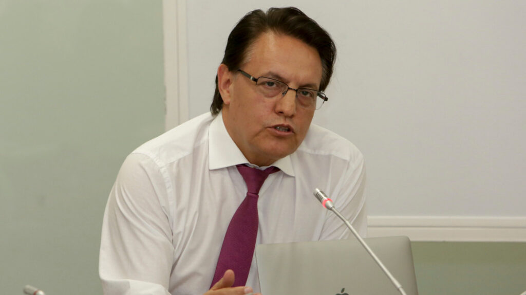 Juez ordena detención de Fernando Villavicencio para que comparezca en una audiencia
