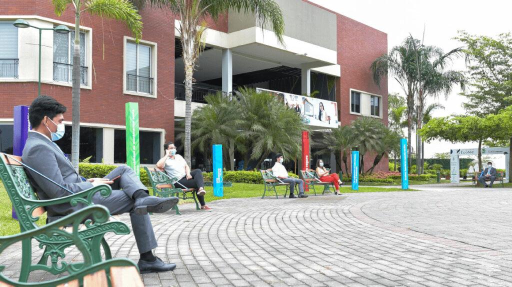 Cinco universidades autorizadas para regresar a clases presenciales