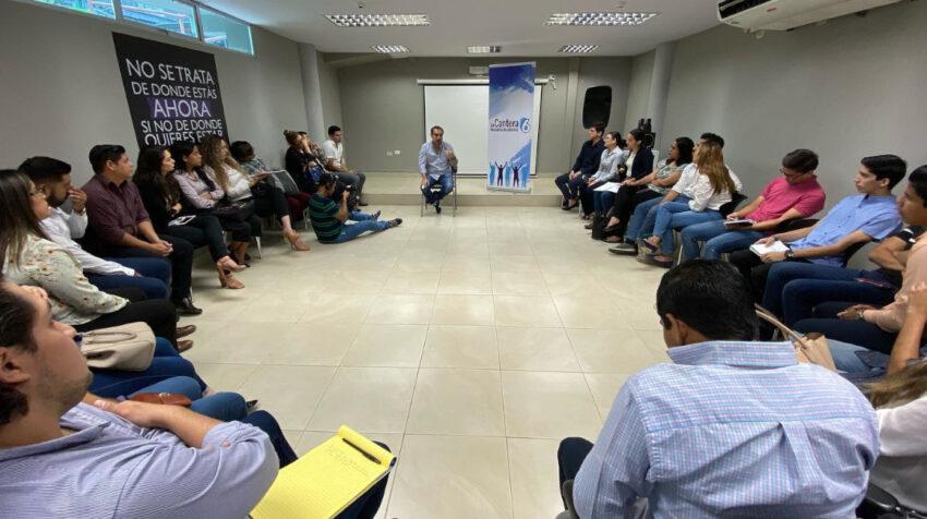 El 24 de noviembre de 2019, Vicente Taiano da una charla a los jóvenes de la Cantera de la 6, en Guayaquil.