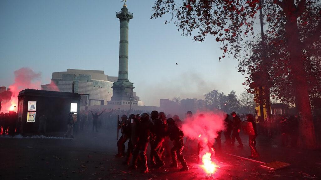 Francia: nueva protesta y disturbios contra polémica ley de seguridad