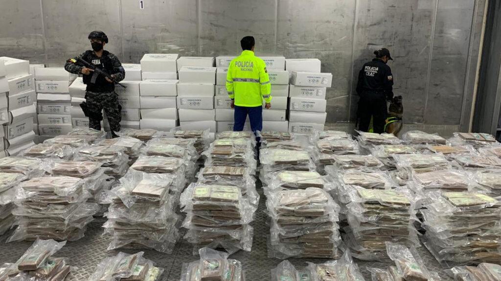 Autopista y centro de acopio: Ecuador y su rol en el narcotráfico