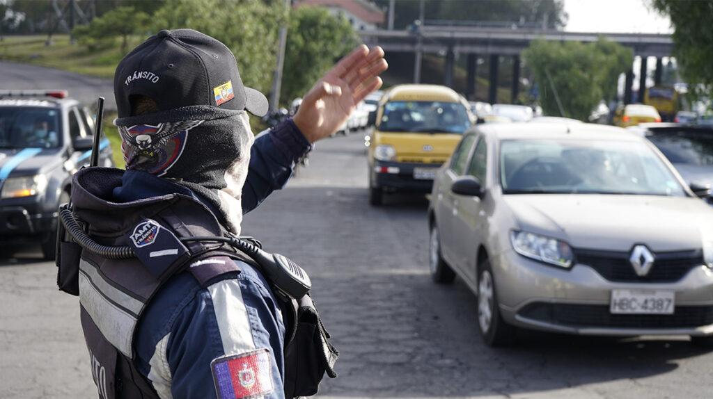 La ANT anuló las 35.000 licencias fraudulentas halladas en Ecuador