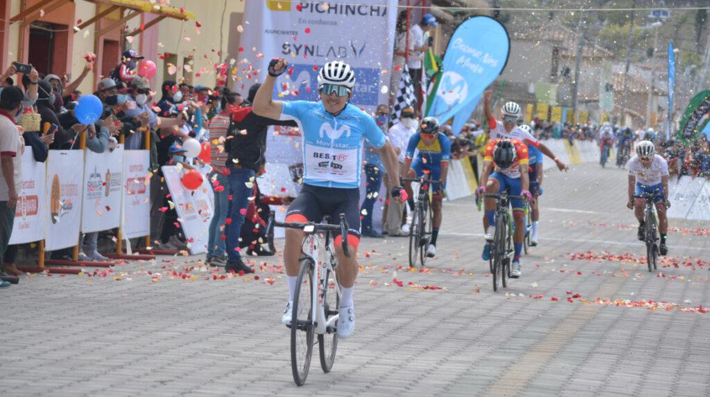 Byron Guamá repite victoria y se lleva la Etapa 3 de la Vuelta al Ecuador