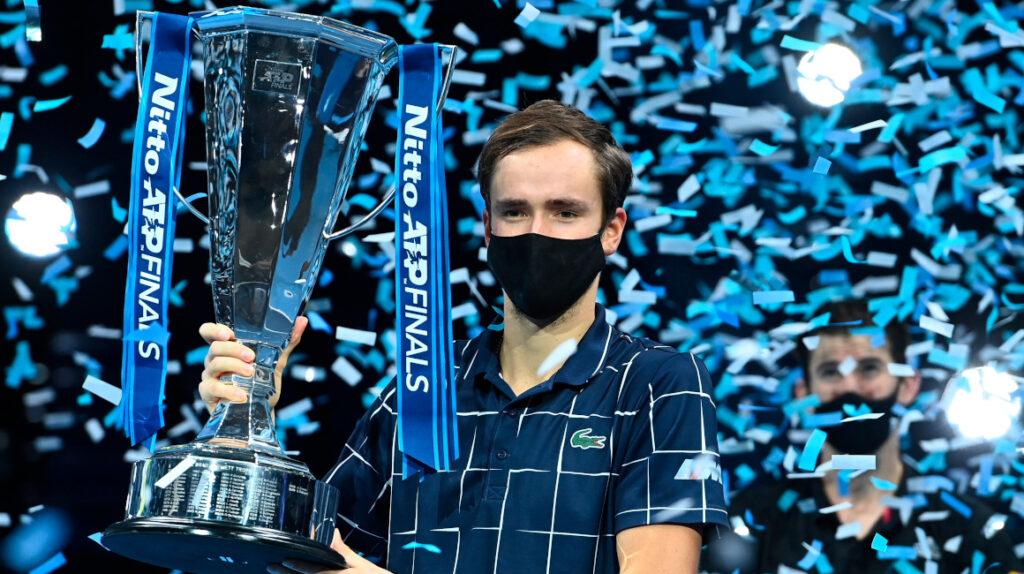 Medvedev se consagra campeón en el ATP Finals al vencer a Thiem