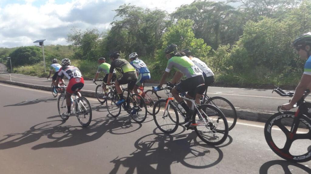 El Tour Galápagos recorrerá 104,5 km entre Santa Cruz y San Cristóbal