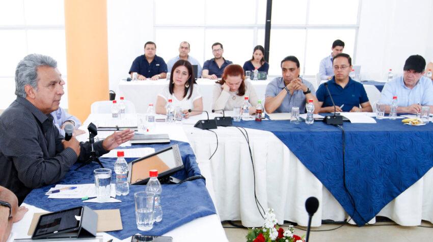 El 14 de julio de 2017, en Coca, el presidente Lenín Moreno lideró una reunión de gabinete, junto con sus consejeros presidenciales.