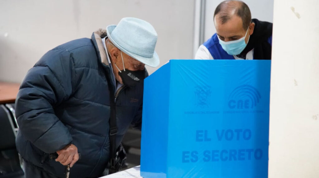 El CNE prueba sus planes de bioseguridad para las votaciones