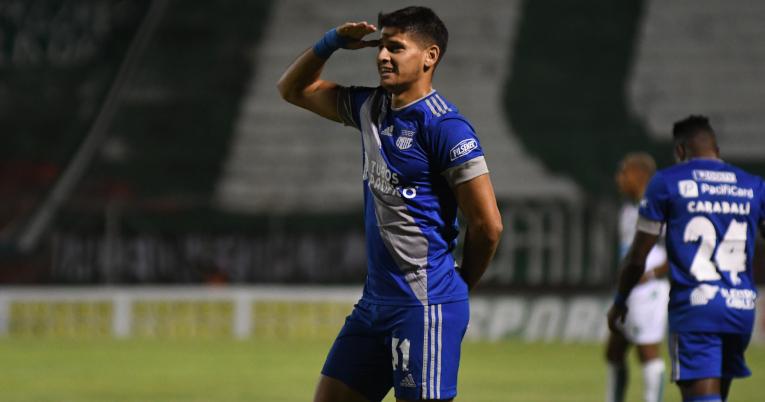 Facundo Barceló, de Emelec, festeja uno de sus goles ante Liga de Portoviejo, el miércoles 11 de noviembre.