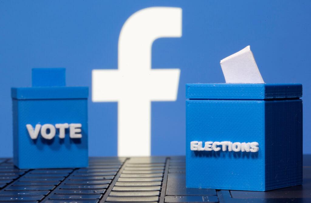 Facebook cierra varias páginas con vínculos a exasesor de Trump