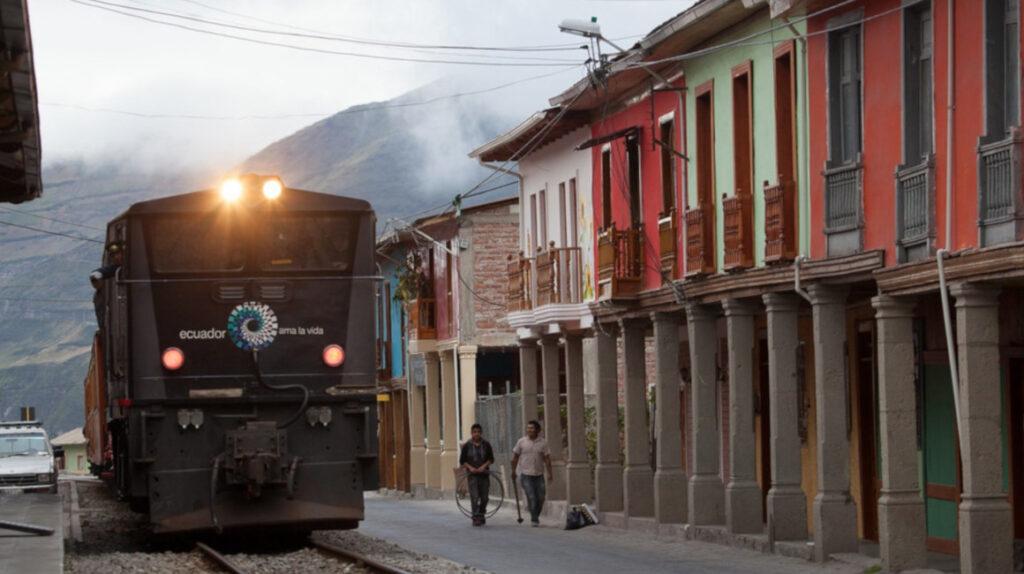 Ministro de Turismo desmiente la venta de bienes patrimoniales de Ferrocarriles del Ecuador