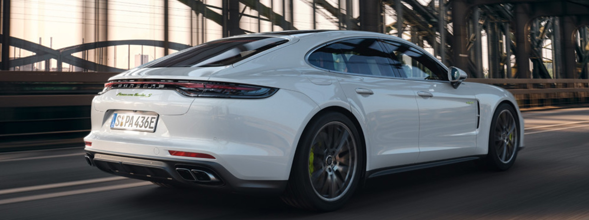 Porsche Panamera: 4 E-Hybrid y Turbo S E-Hybrid
