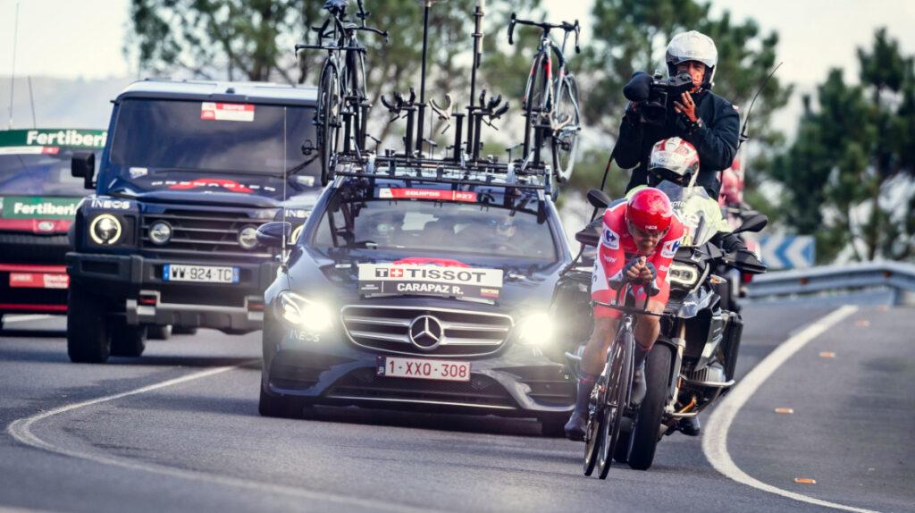 Roglic es el nuevo líder de la Vuelta y Carapaz queda a 39 segundos
