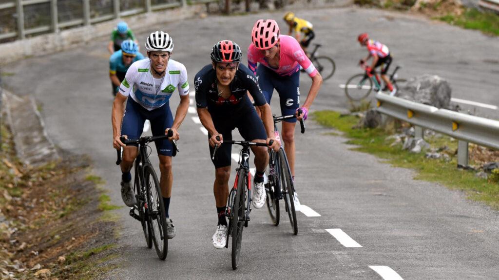 Carthy gana la etapa del Angliru y Carapaz otra vez es líder de la Vuelta