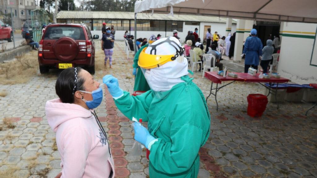 En Ecuador, solo nueve de cada 100 pruebas dan positivo para Covid-19