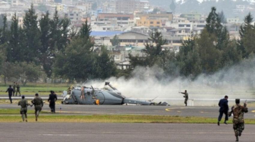 En 2009, durante la ceremonia de celebración de los 89 años de la FAE, uno de los helicópteros Dhruv que participó en la demostración se precipitó al suelo.