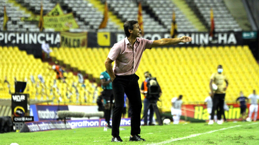 """Fabián Bustos: """"Vamos a tratar de ser campeones"""""""