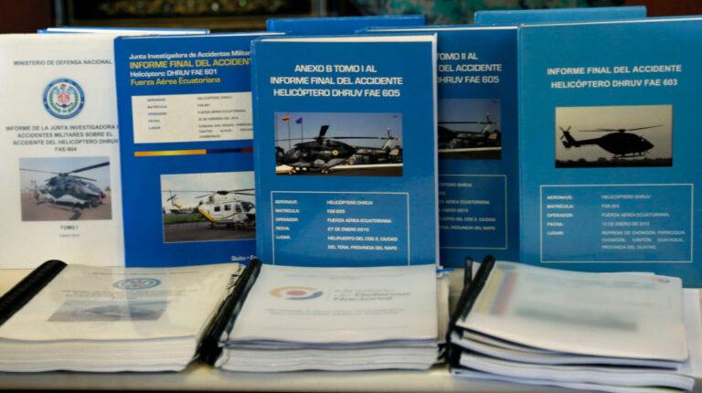 Imagen de la rueda de prensa  sobre los informes de las juntas investigadoras de los accidentes de los helicópteros Dhruv, el 14 de octubre de 2015.