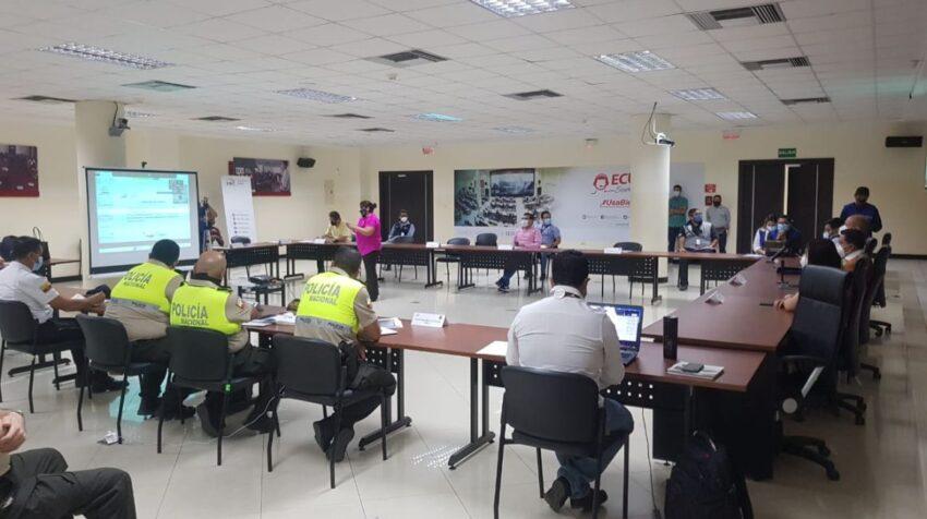La Mesa de Seguridad Electoral del Guayas se reunió la mañana del 18 de diciembre de 2020, en el ECU-911 de Samborondón.