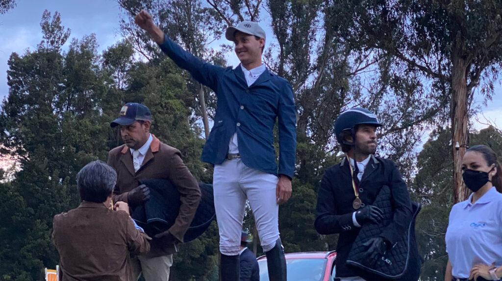 Iván Christiansen logró el tricampeonato nacional de equitación de salto